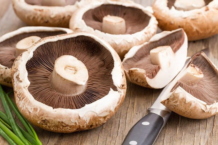 how many calories in mushrooms