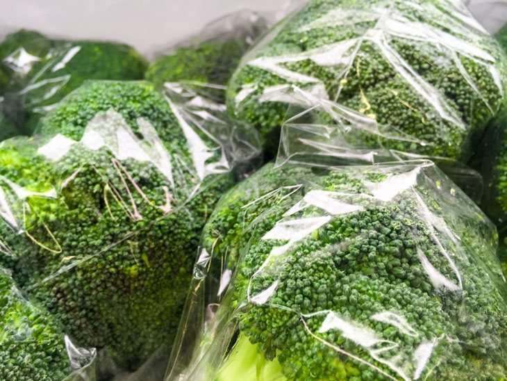 how to store broccoli - Storage by Ventilated Bag